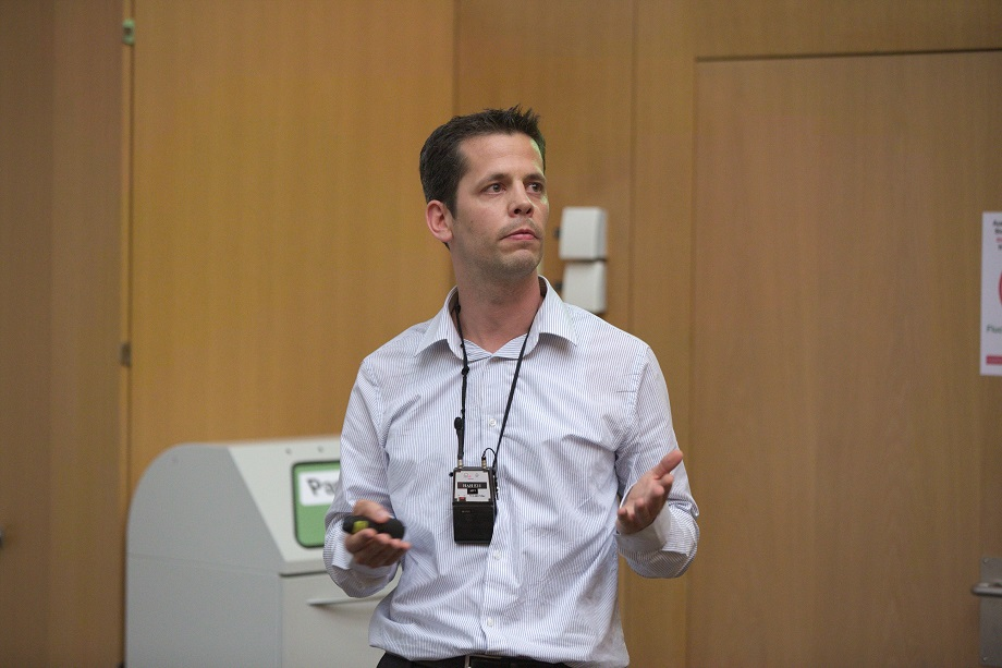 <p>David Fluri&nbsp;explains 3-D cell culture systems from InSphero</p>
